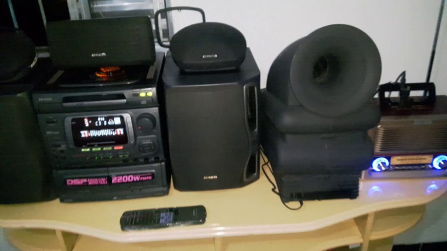 Aiwa Bbe System Super T Bass 1