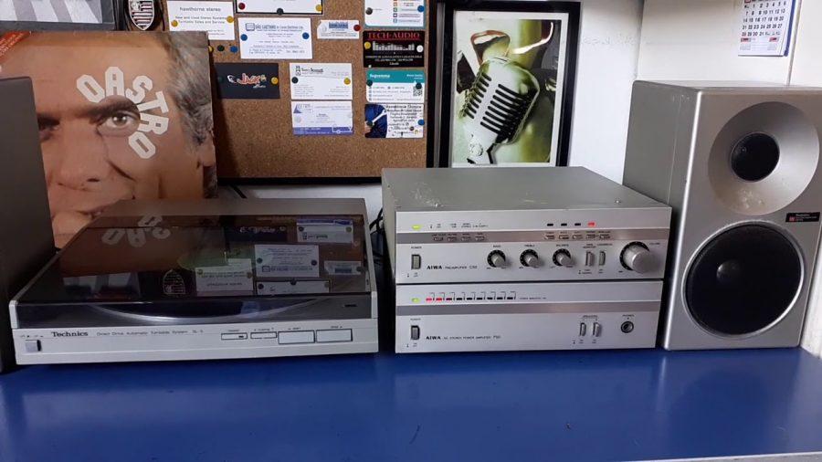 Aiwa C22 Stereo Preamplifier 1