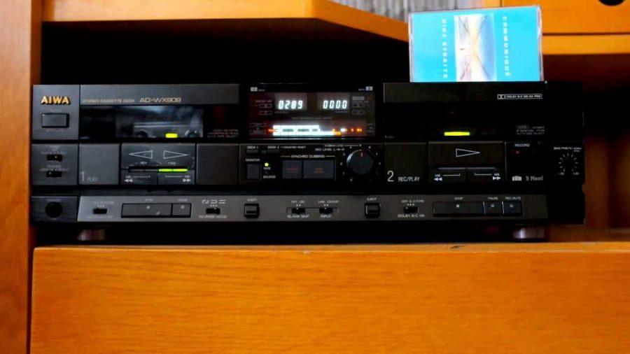 Aiwa Cassette Deck 1