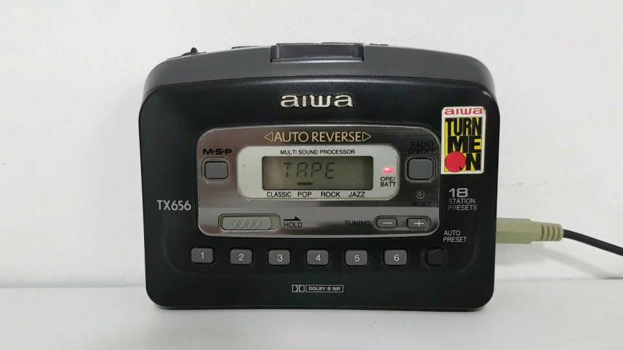 Aiwa Cassette Player 1