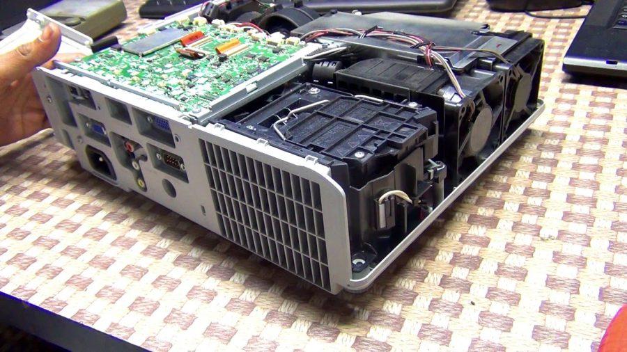 Hitachi Xga Projector 1